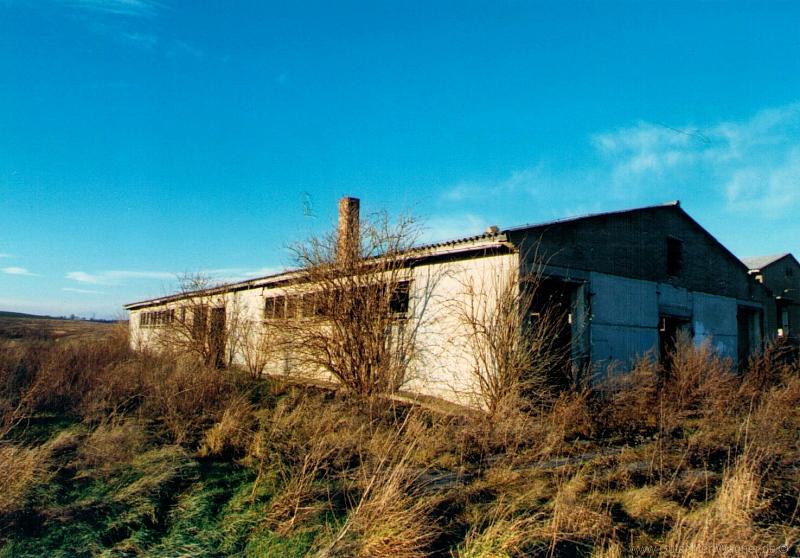Grundstück bebaut mit landwirtschaftlichen Gebäuden in Sachsen-Anhalt