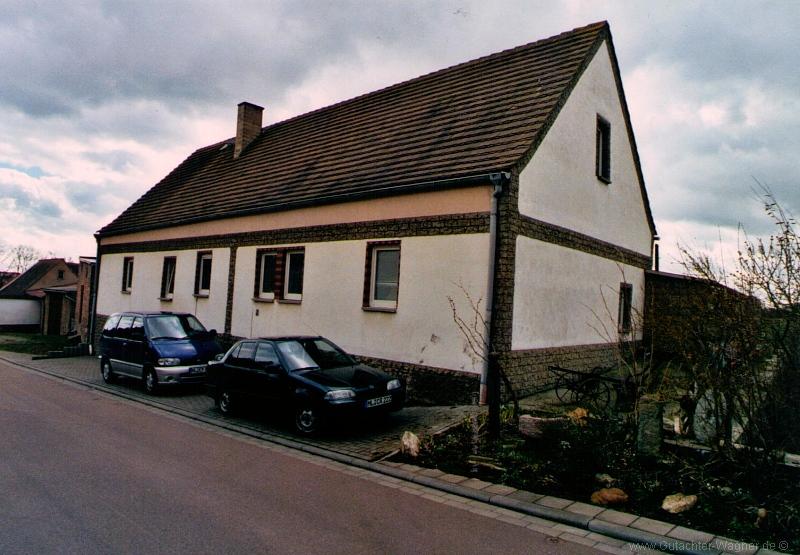 Wertgutachten über ein Einfamilienhaus in Benndorf